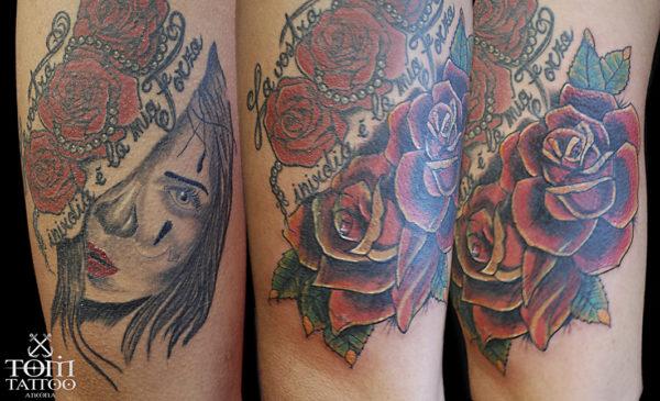 Copertura di un tatuaggio con delle rose